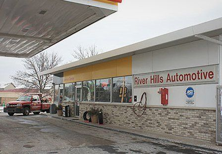 River Hills Automotive service shop