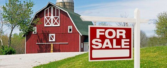 Barn for sale sign