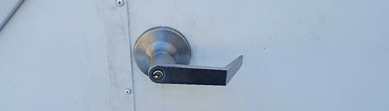 Yale outside lever trim for panic device
