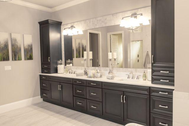 Fabulous Avon Cabinet Corp Kitchen Cabinets Bradenton Fl Download Free Architecture Designs Boapuretrmadebymaigaardcom