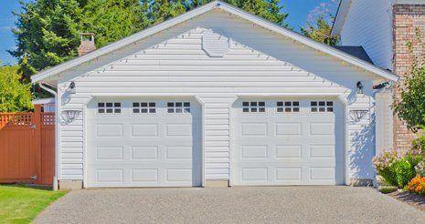 Midwest door of dickinson garage doors dickinson nd for Garage door repair dickinson