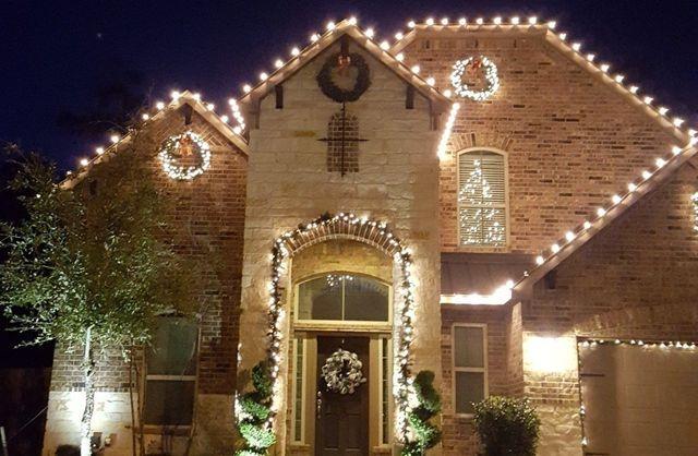 Christmas lights & Holiday Lighting Installations   Tree Wraps   Magnolia TX