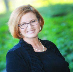 Kathy Laughter Laizure