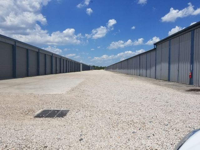 Clean Secure Units & The Lure Storage | Storage Units | Pearland TX