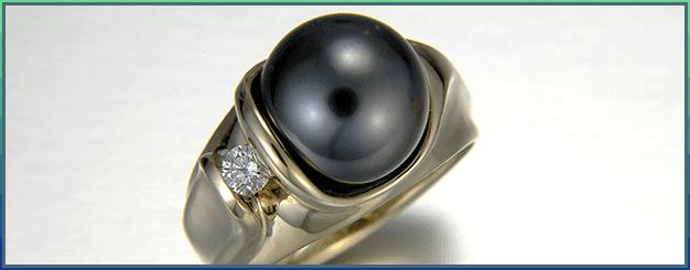 Tahitian black pearl & diamond