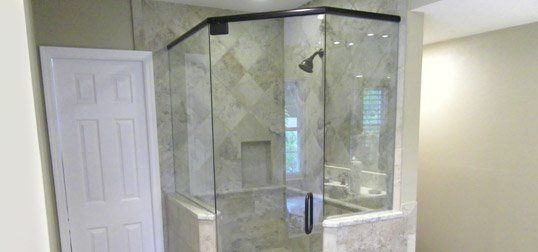 Bathroom shower glass & Shower Doors | Shower Enclosures | Palmetto FL
