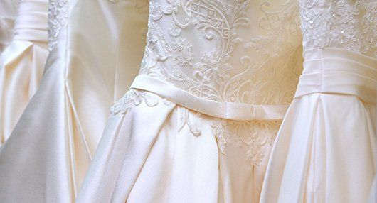 Af golden cleaners dry cleaner tailor glendale ca for Dry cleaners wedding dress preservation