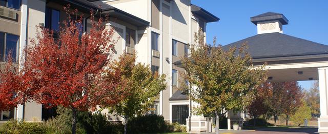 econo lodge inn and suites 340 e hwy 20 valentine nebraska - Niobrara Lodge Valentine Ne