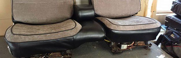 Auto Upholstery   Reupholstering   Rockford, IL