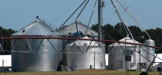 We build grain bins of various sizes. Youu0027ll be sure to get strong and durable bins that will withstand any weather and pests. & Grain Bins | Grain Storage | Aberdeen SD