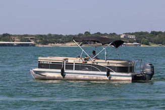 Party Boat Rentals Rent A Boat On Lake Travis Pontoon