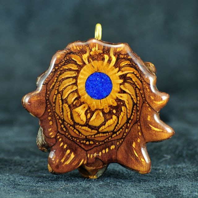 Third Eye Pinecone Crushed Crystal Pendants