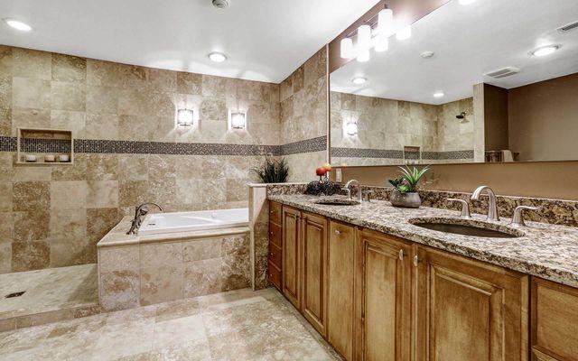 Granite Jewels | Kitchen Design | Burlington, NJ