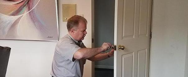 Residential lock service
