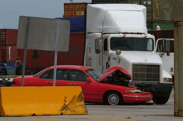 Truck Accident Victim and Injury Lawyer and Attorney in Feasterville, Trevose PA