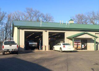 L & R Automotive Inc. shop
