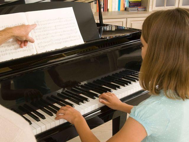 Private Piano Instructions by Lisa | Music Tutor Menifee, CA