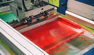 Screen printing using red color