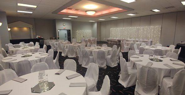 Outstanding Wedding Chair Covers Chair Cover Rentals Omaha Ne Inzonedesignstudio Interior Chair Design Inzonedesignstudiocom