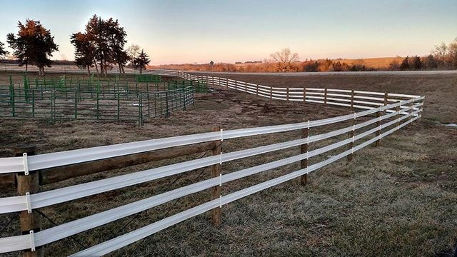 Farm fence vinyl rail fence atlantic ia