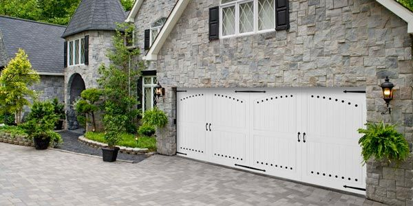 The Solid Vinyl Construction Of The Amarr Coastal Door Prevents Denting,  Rotting, Warping, And Cracking. Theyu0027re Built With Vinyl Facing And Edges  On Each ...