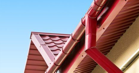 Red house gutter system