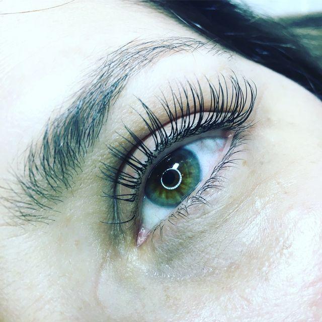 Salon Stella Eyelash Extensions I Exeter, RI