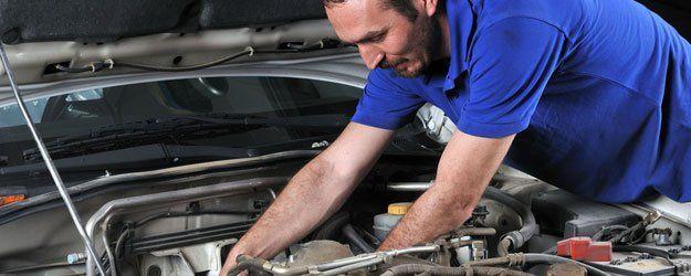 auto repair man