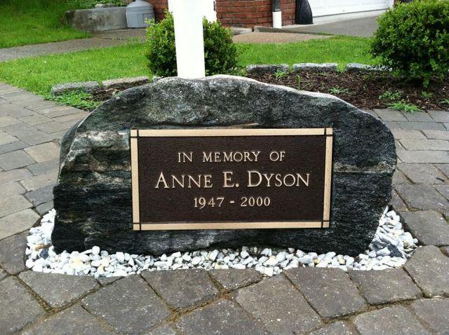 Customized Memorial