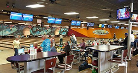 Bowling lanes at Skidmore's Holiday Bowl