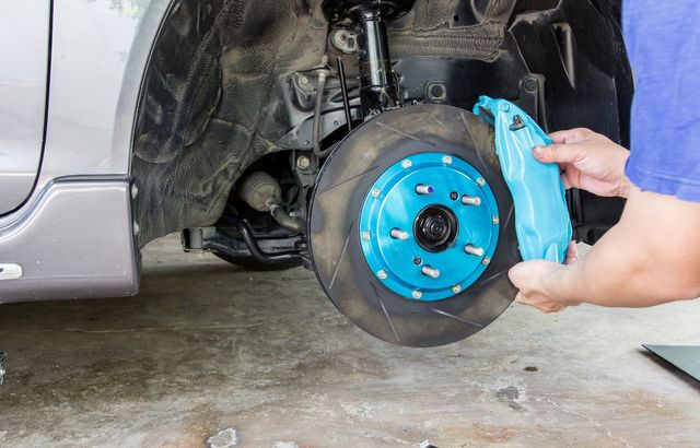 3 fantastic facts about brake repair When changing brake pads on a car, make sure the car is jacked up, remove the bolts on the caliper and remove the brake pads replace brake pads in a car with help from an auto mechanic in this.