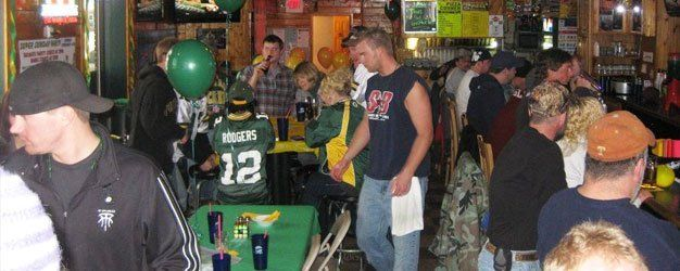 events in spinners bar and grill