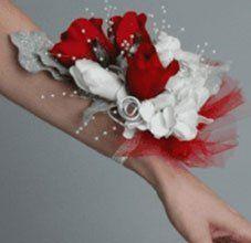 Lady Fair Wristlet