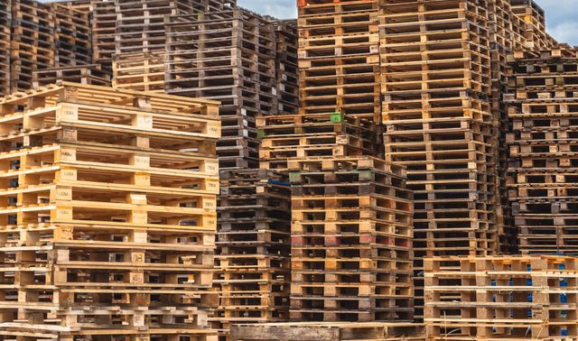 Pallet Recycling | Wooden Pallets | Saint Paul, MN