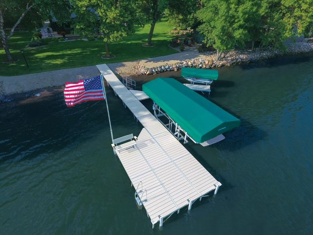 Docks Lifts Spicer Mn