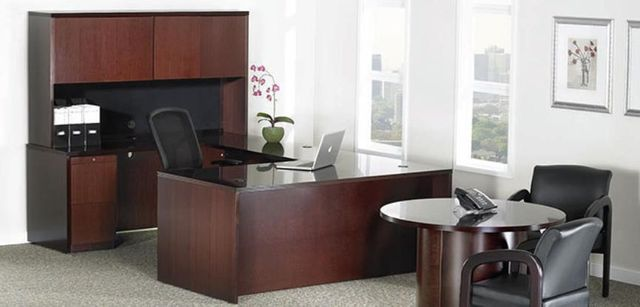 Wooden desk for home and office