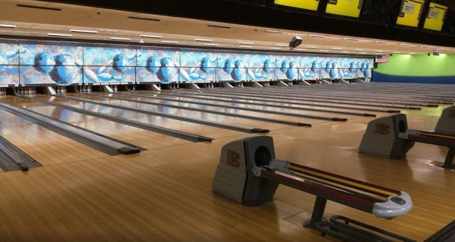 Bowling center links cedar rapids bowling center bowling solutioingenieria Images