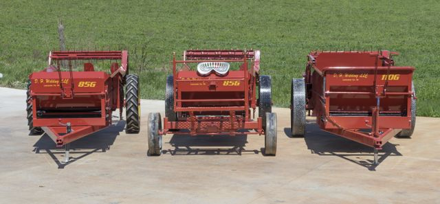 manure spreader models
