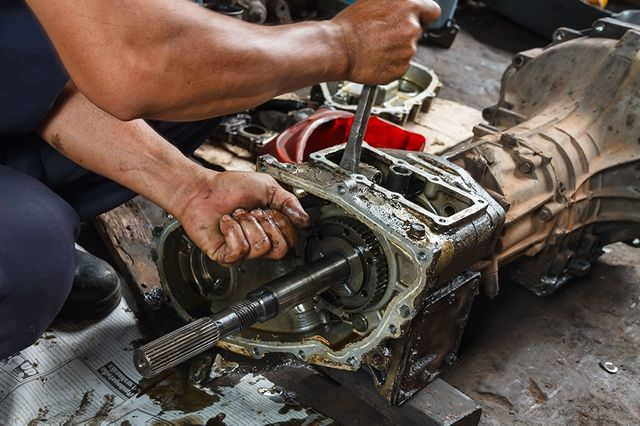 how to repair auto transmission