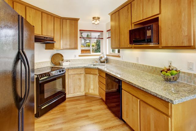 Attrayant Whether You Need Cabinets In Your Kitchen Or Countertops , Turn To Royal  Kitchen U0026 Bath Corp For All Your Needs!