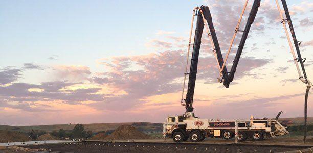 40Z-Meter, Truck-Mounted Concrete Boom Pump