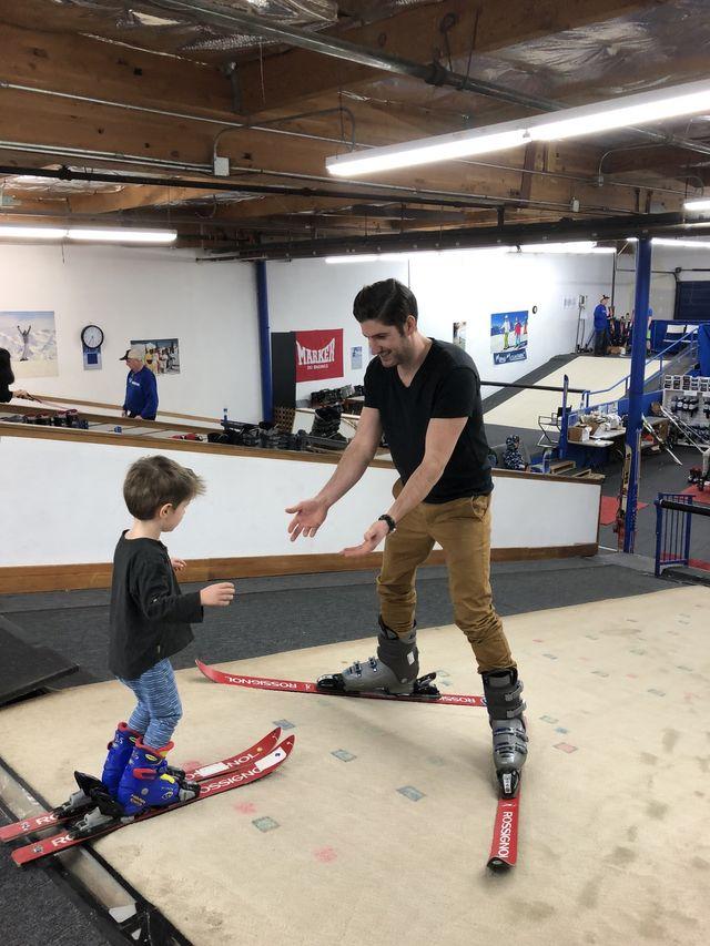 Indoor Ski Lessons   Indoor Snowboarding