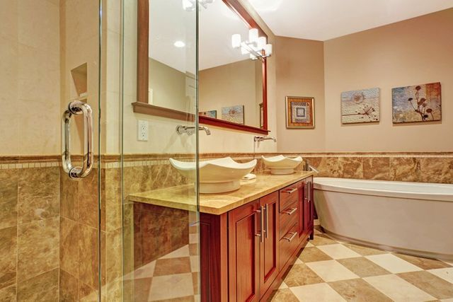 Chucks Custom Bath Bathroom Remodeling Radford VA - Professional bathroom remodeling