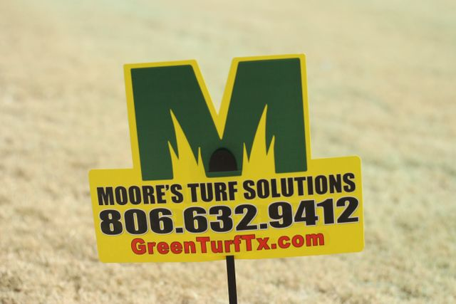 Moore's Turf Solutions-Logo