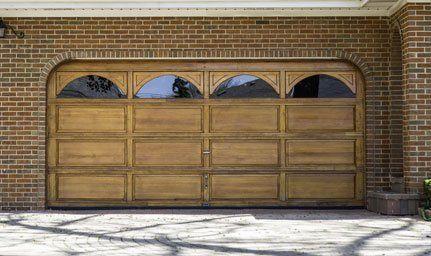 Charmant Garage Door
