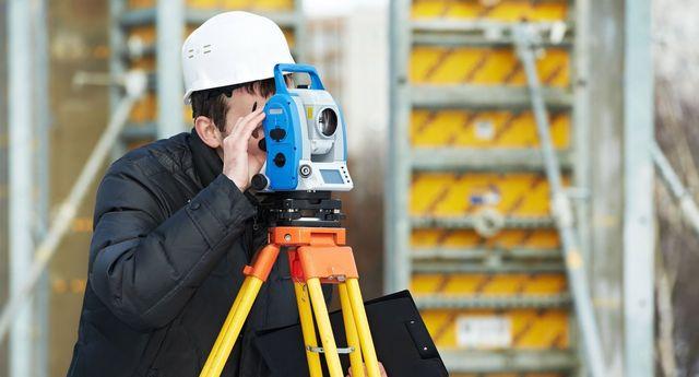 Land surveyor service