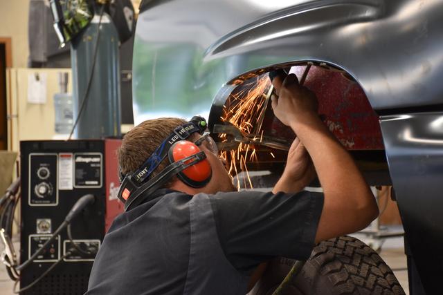 Collision Repair Center >> Complete Automotive Collision Repairs Center Point Ia