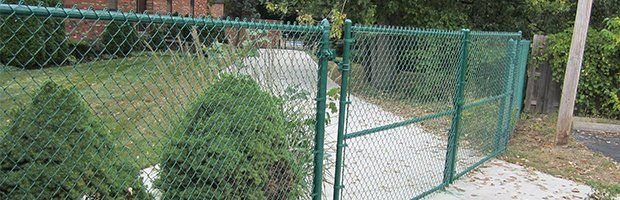 Chain-Link Fences   Galvanized Fences   Cleveland, OH