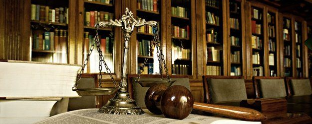 scale, gavel and law books