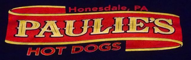 Paulie's Hot Dogs LLC - Logo